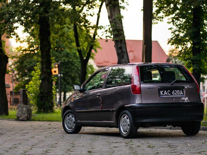 Fiat Punto | Grzegorz Kozłowski fotografia motoryzacyjna Gliwice, Śląsk